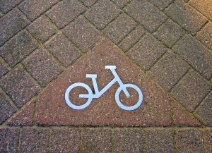 1367110_bike_route_sign