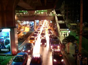 263197_traffic_jam_siam_square_bangko.jpg