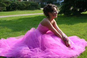 856873_pretty_in_pinkprom_dressher_prom_day.jpg