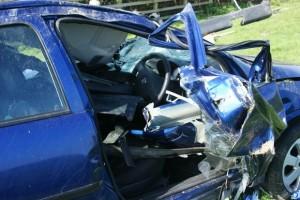 Car crash--25-4-10-007