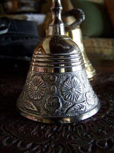 bell-458625-m.jpg