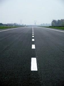 empty-road-1344295-m