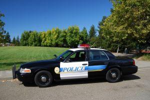 police-cruiser-1066864-m.jpg
