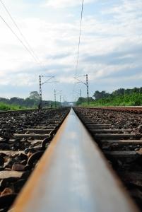 train-line-1437321-m.jpg