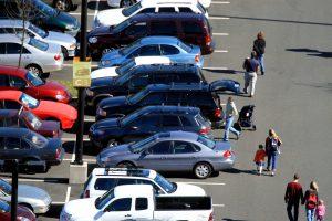 parking-lot-1442053-300x200